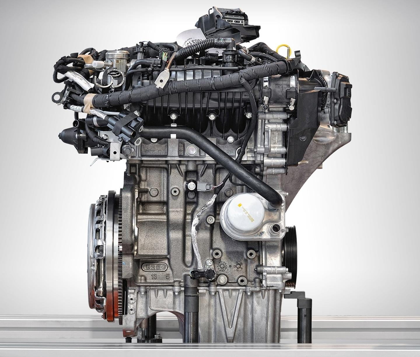 ford-ecoboost-dos-cilindros-2016-001
