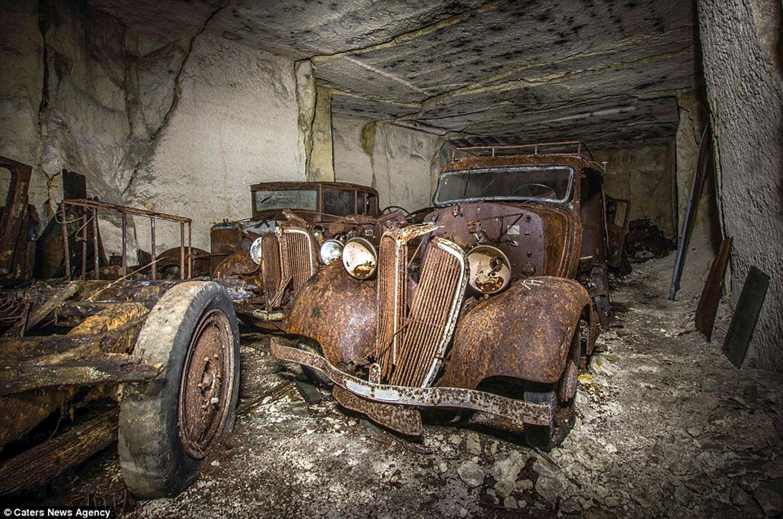 hallazgo-coches-cantera-segunda-guerra-mundial-01