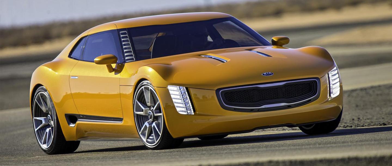 KIA GT4 Stinger: así era el coupé que nos conquistó en 2014… y que ha terminado siendo una berlina
