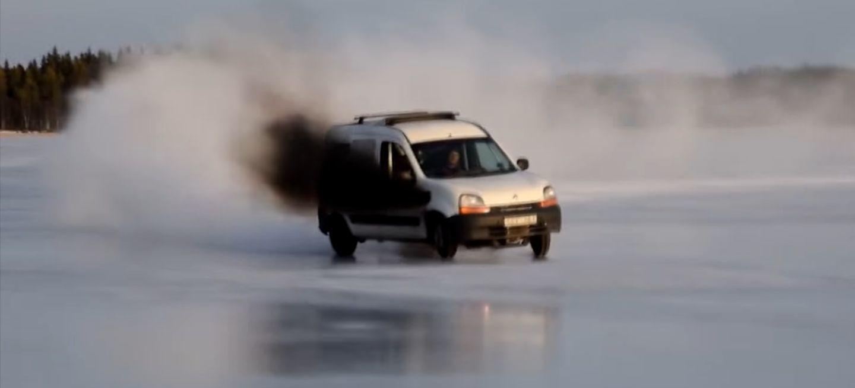 Vídeo del día: drifting helado con una Renault Kangoo de 450 CV y corazón turbodiésel alemán