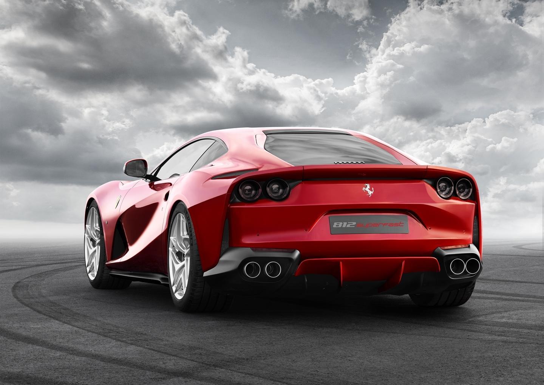 Ferrari 812 superfast ferrari 812 superfast ferrari v12 ferrari 12 cilindros precios prueba - Cuanto cuesta acristalar un porche ...