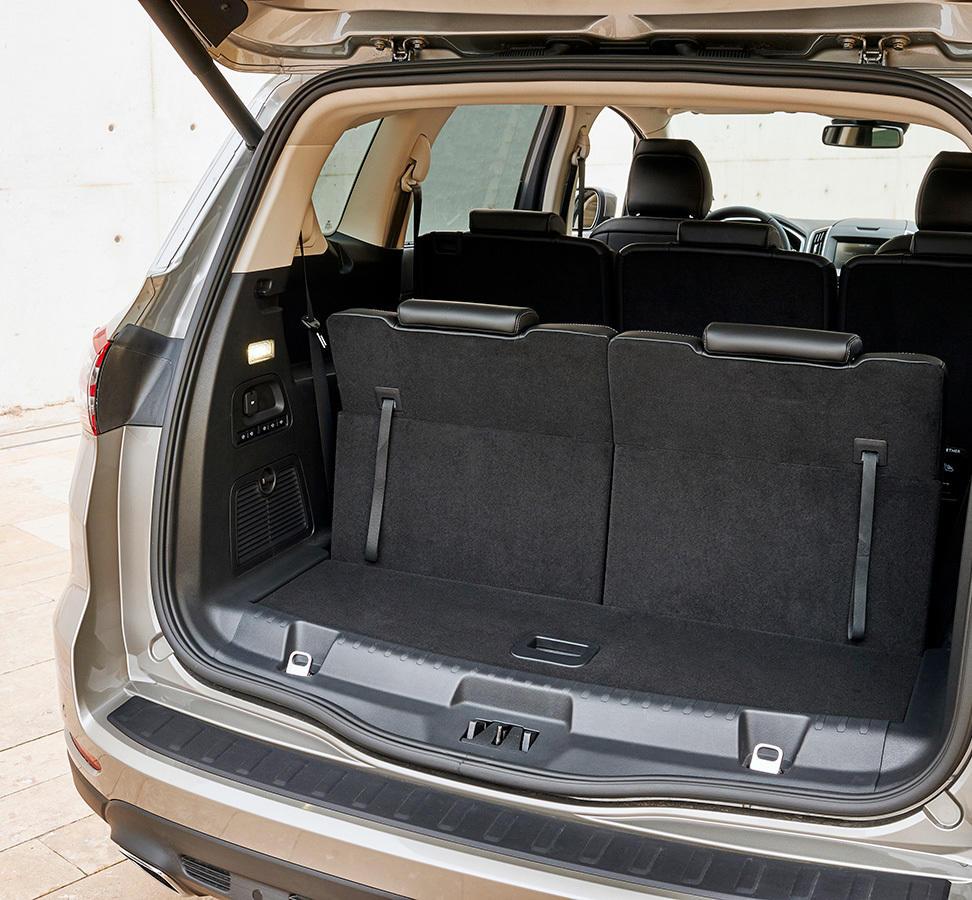 El Interior Del S MAX Es Practicamente Identico Al De Sus Hermanos Mondeo Y Galaxy Resultando Dificil Distinguirlos Entre Si