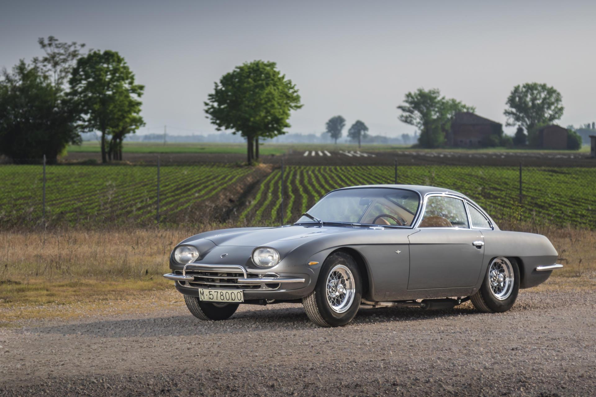 ¿Buscas un clásico italiano y super exclusivo? Este Lamborghini 400 GT 'Interim' con matrícula española saldrá pronto a subasta