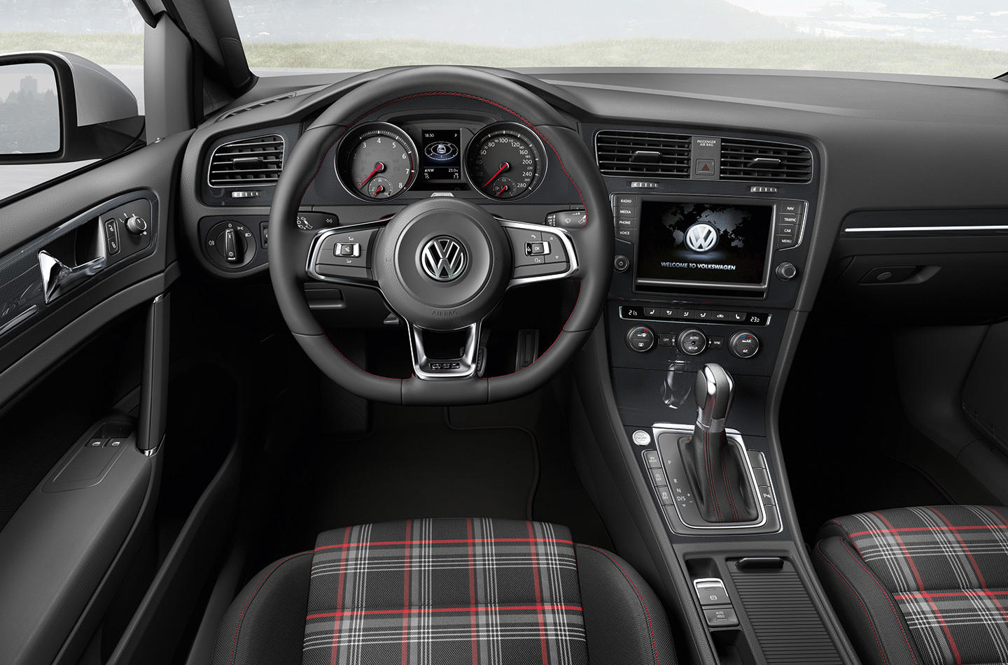 un repaso a m s de 40 a os de volkswagen golf gti y la. Black Bedroom Furniture Sets. Home Design Ideas