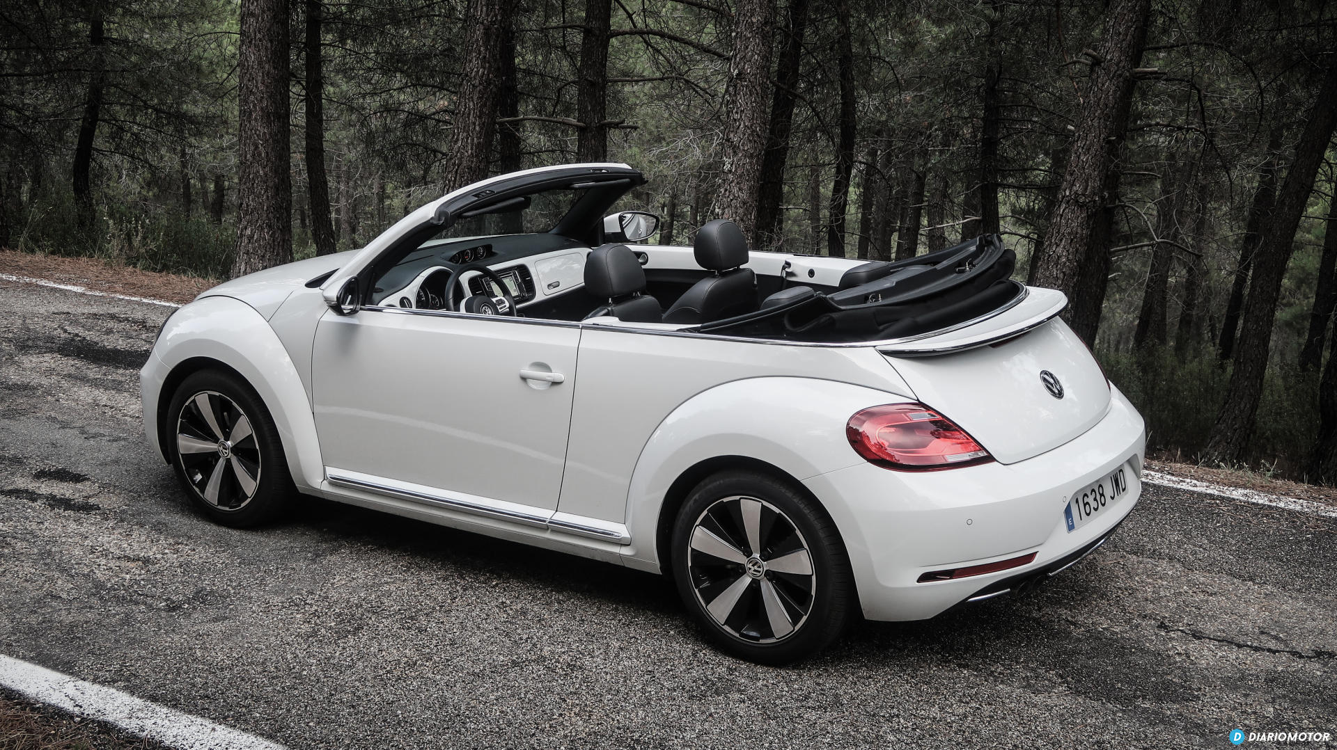 prueba del volkswagen beetle diariomotor. Black Bedroom Furniture Sets. Home Design Ideas