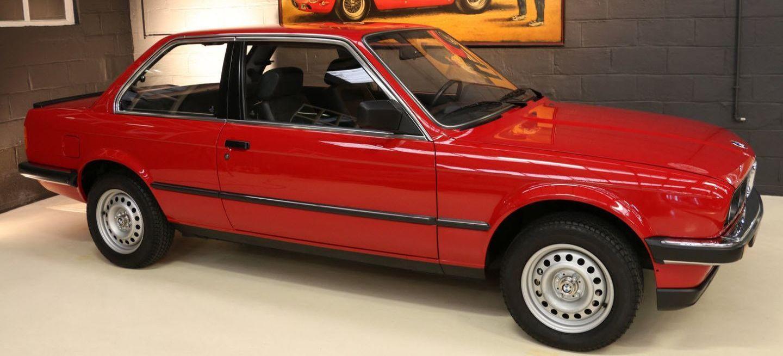 ¿Por qué piden 69.900 euros por este BMW 323i Coupé E30 del año 1985?