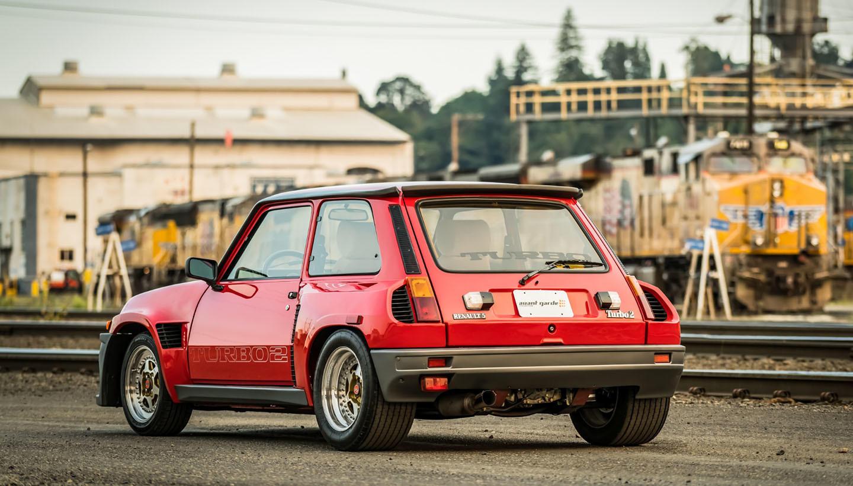 este renault 5 turbo 2 evo de 1985 busca un nuevo due o y est como reci n salido del. Black Bedroom Furniture Sets. Home Design Ideas