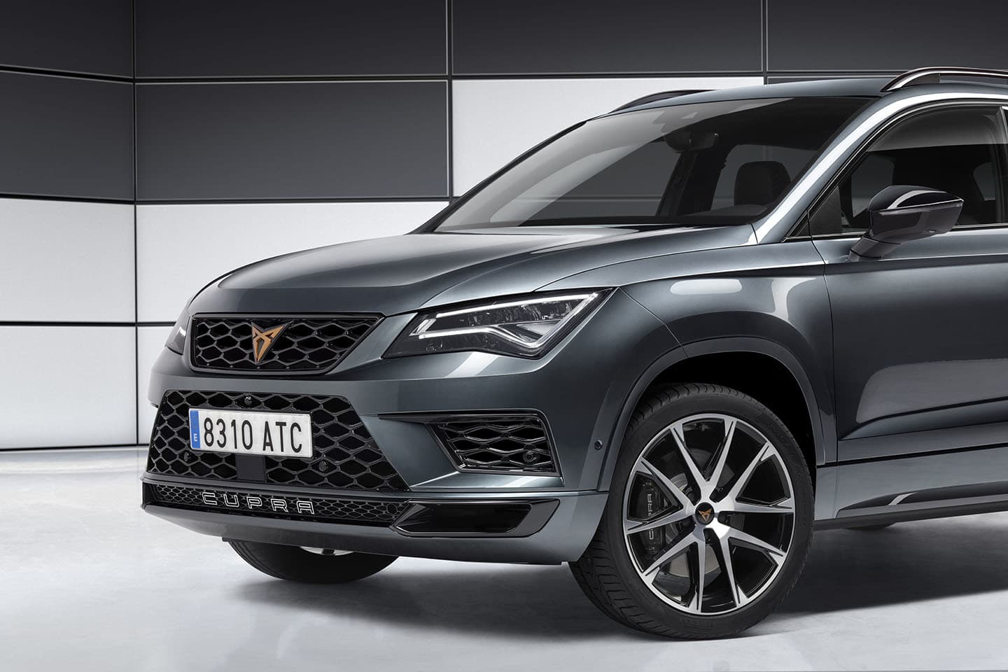 cupra ateca de seat todos los detalles del primer cupra un seat ateca de 300 cv foto 22 de 36. Black Bedroom Furniture Sets. Home Design Ideas