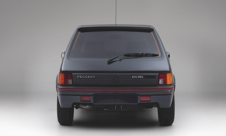 Peugeot 205 Blindado 5