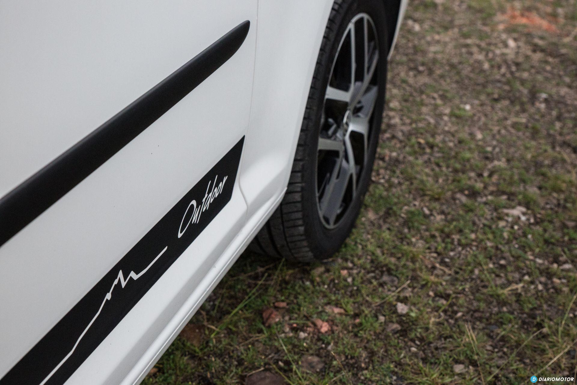 Volkswagen Caddy Maxi Outdoor Prueba 35