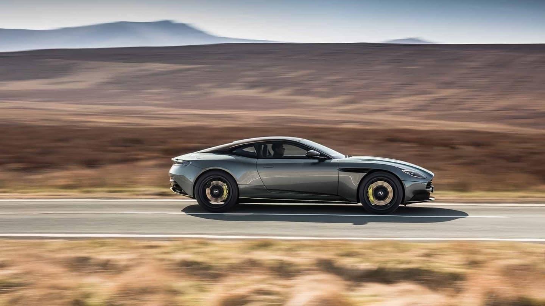Aston Martin Db11 Amr 2018 011