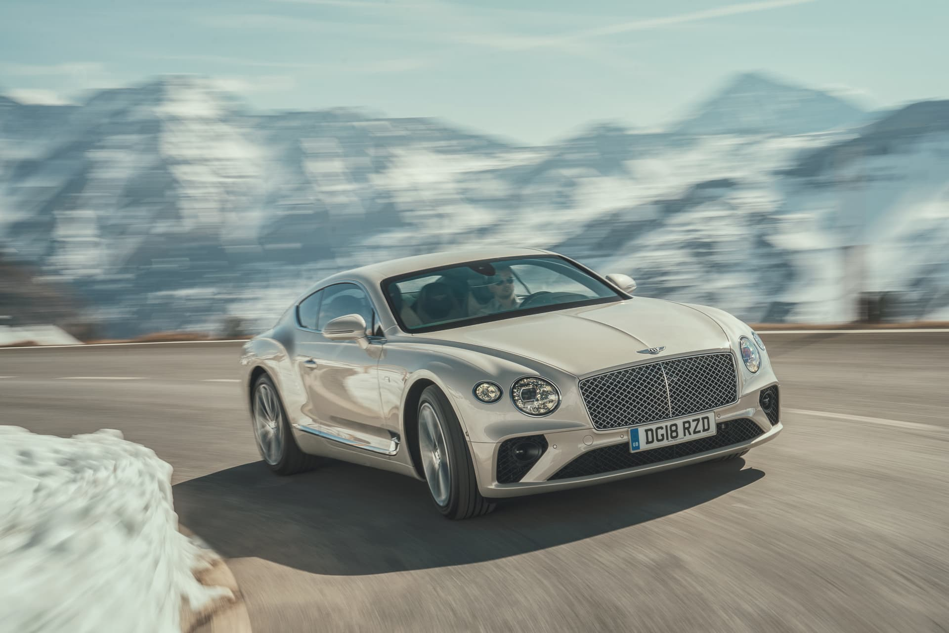 Bentley Continental Gt White Sand 1