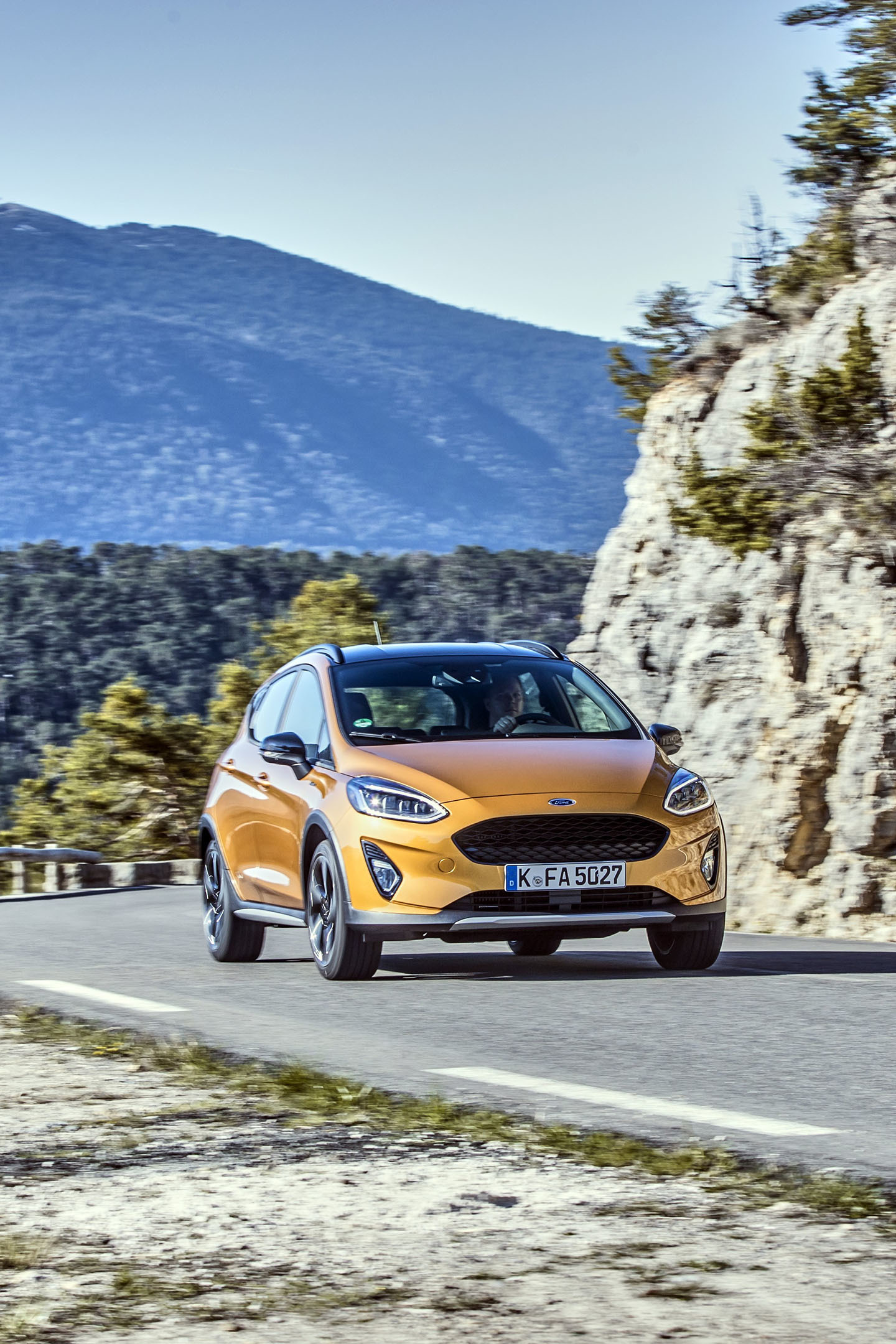 Ford Fiesta Active 2018 04