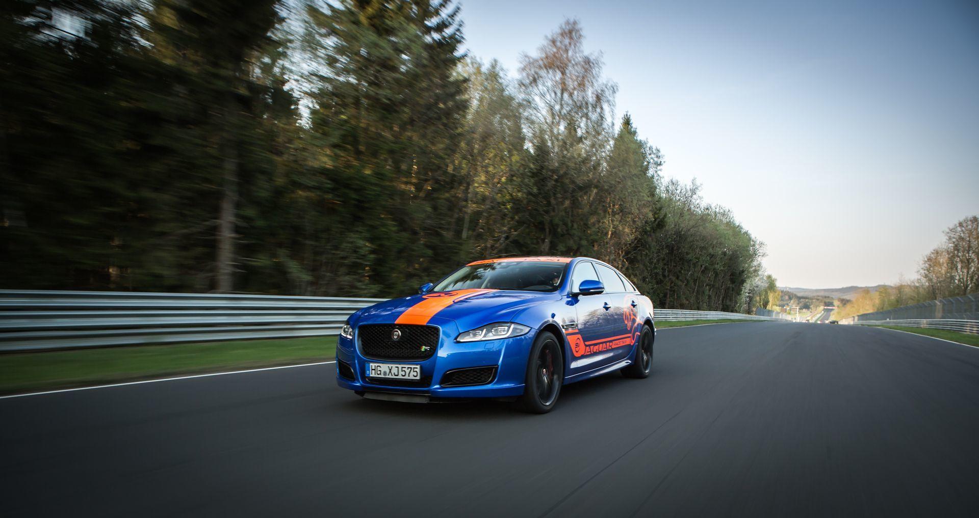 Jaguar Race Taxi Nurburgring 7