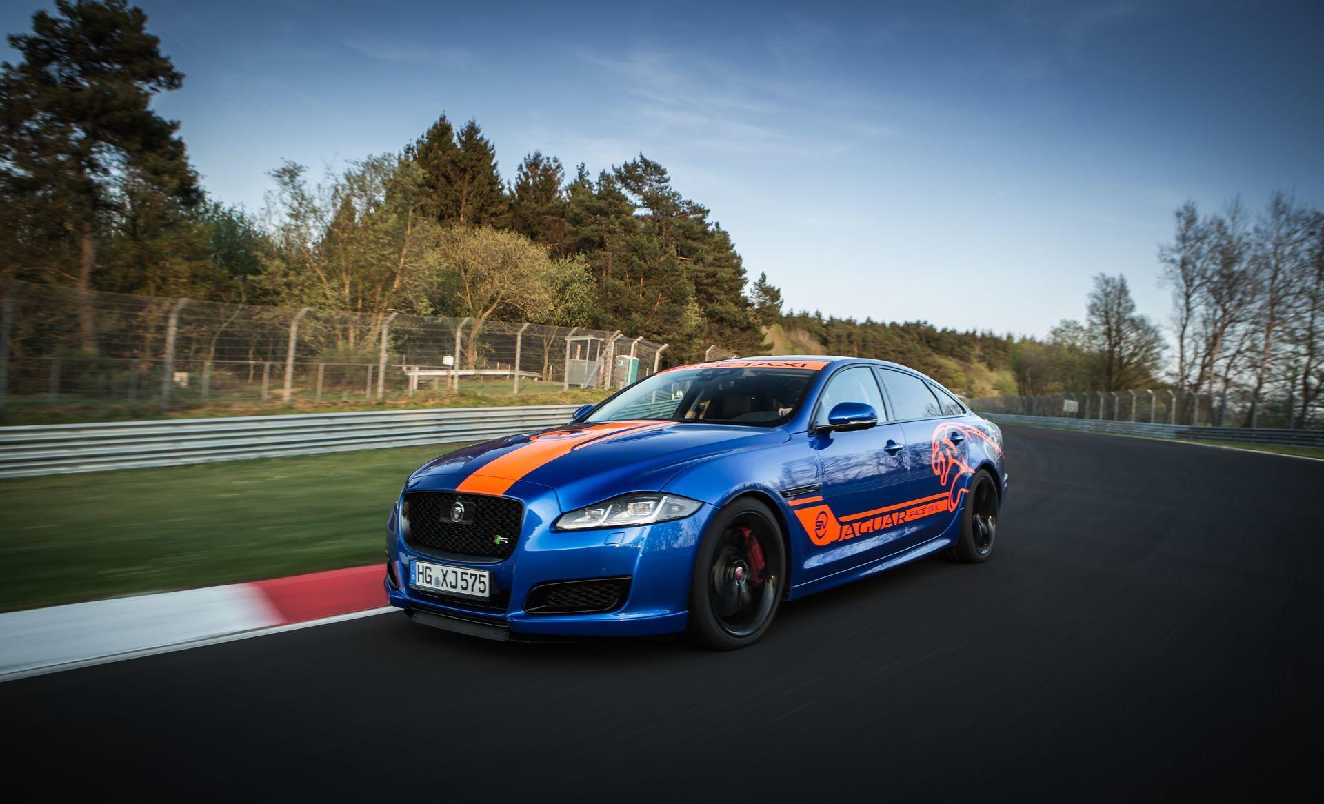 Jaguar Race Taxi Nurburgring 8