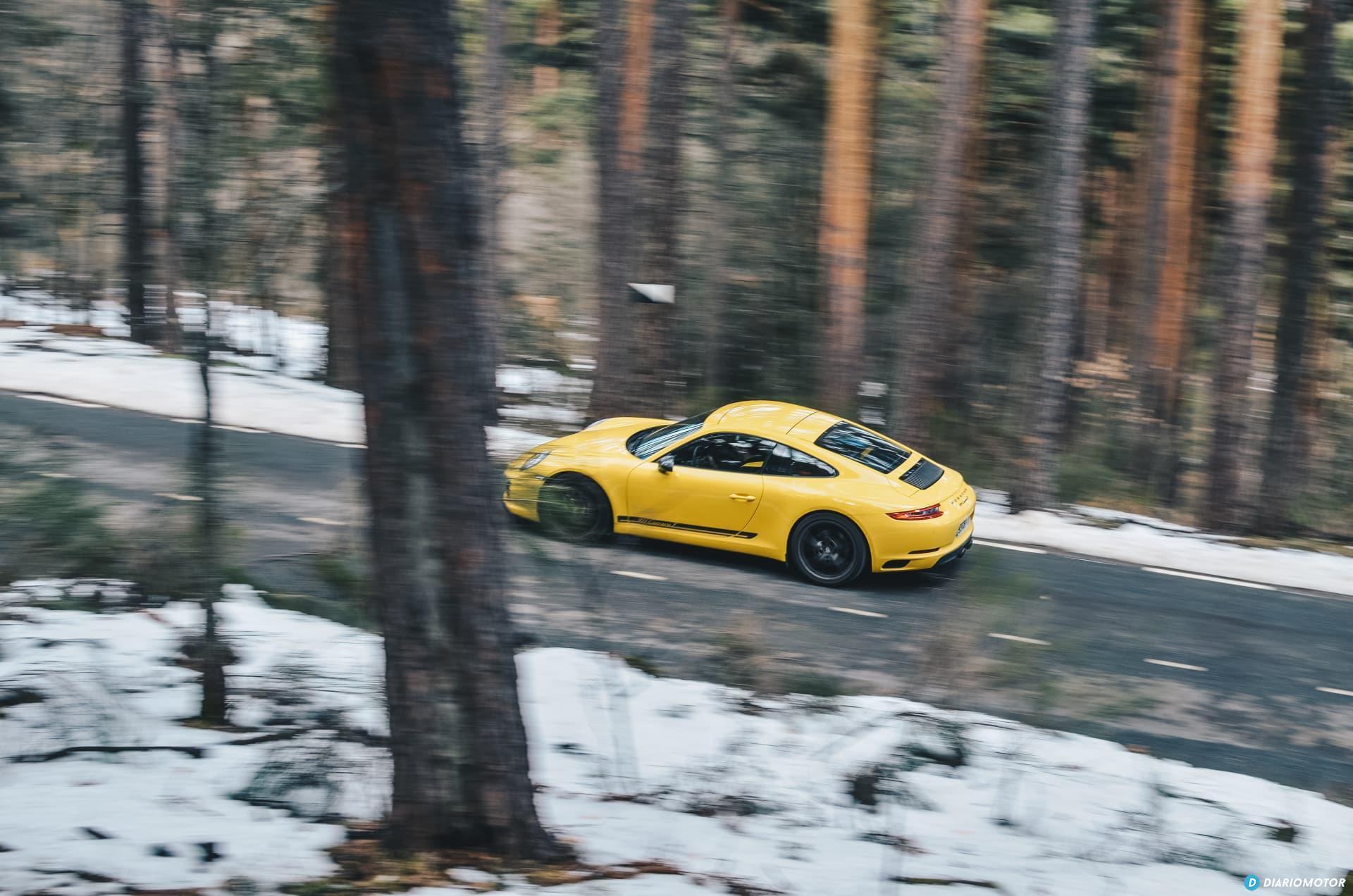 Porsche 911 Carrera 5 32