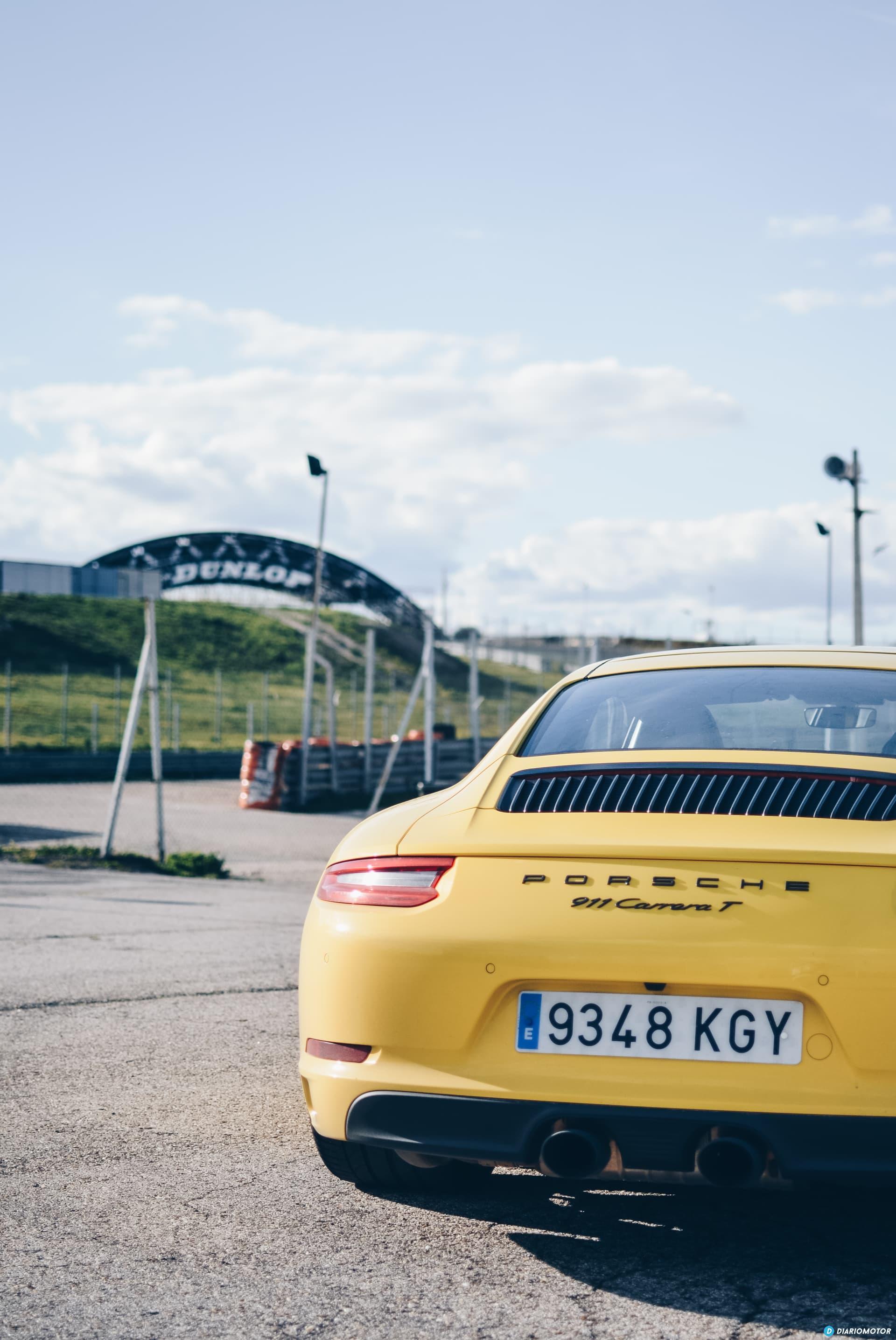 Porsche 911 Carrera 5 44