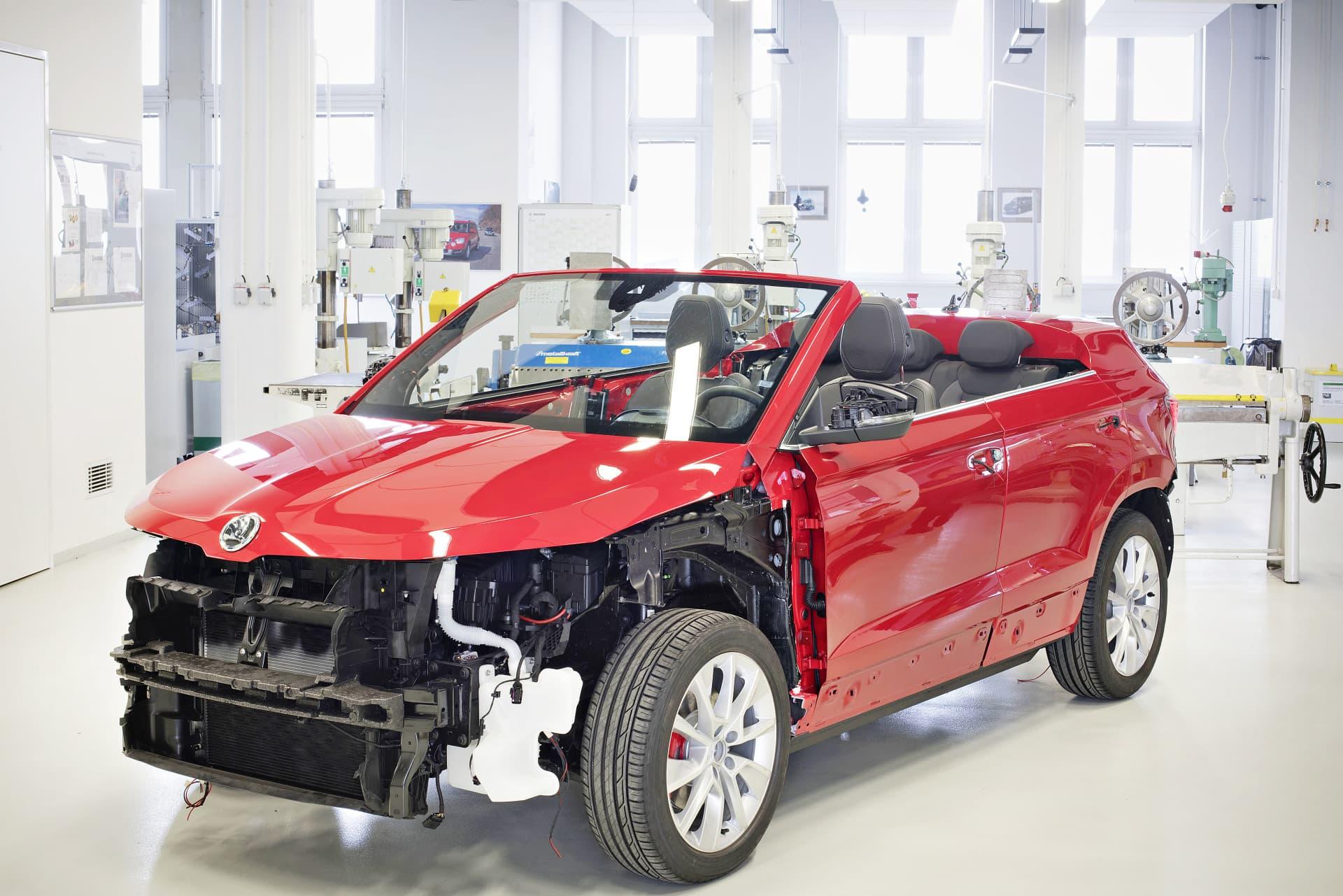 saluda al skoda karoq cabrio tiene sentido una alternativa al futuro volkswagen t roc. Black Bedroom Furniture Sets. Home Design Ideas