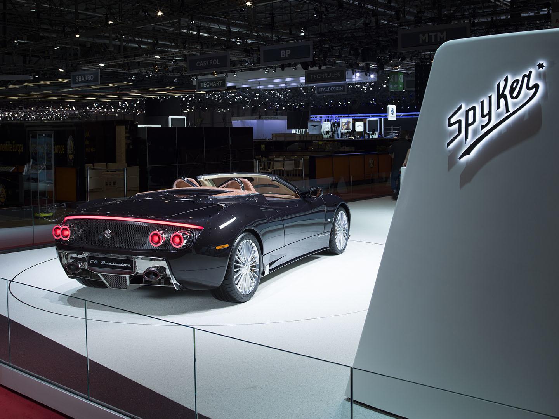 Spyker Koenigsegg Motor Coches V8 02