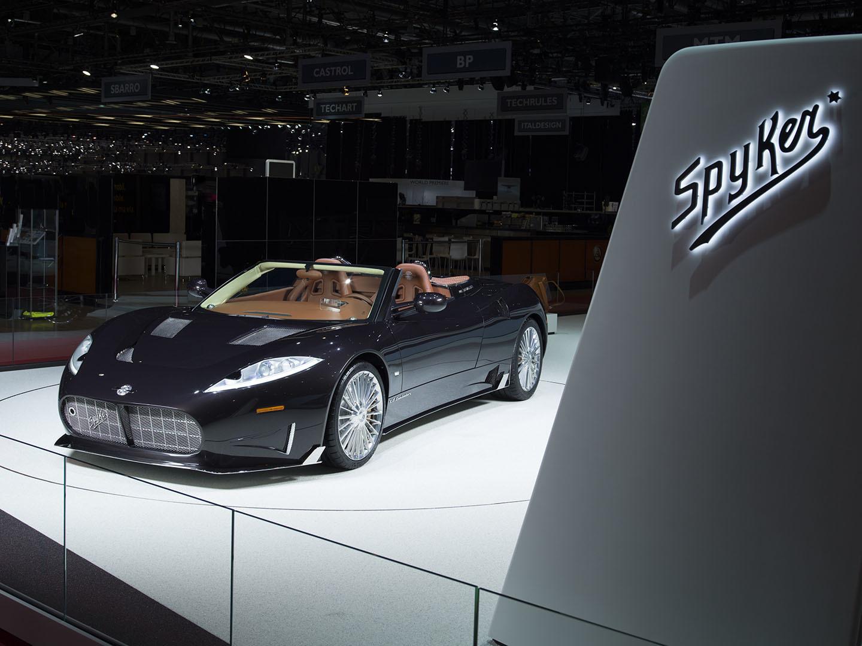 Spyker Koenigsegg Motor Coches V8 03