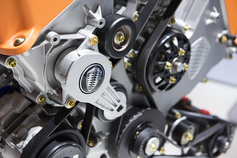 Spyker Koenigsegg Motor Coches V8 08