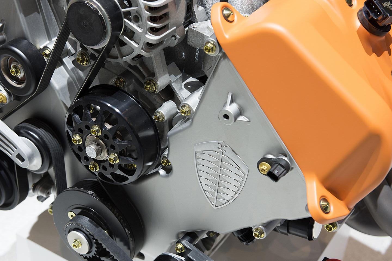 Spyker Koenigsegg Motor Coches V8 11