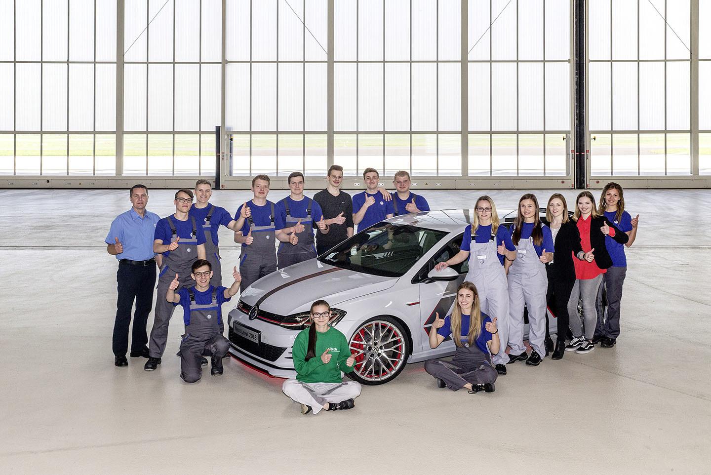 Volkswagen Golf Gti Next Level 01