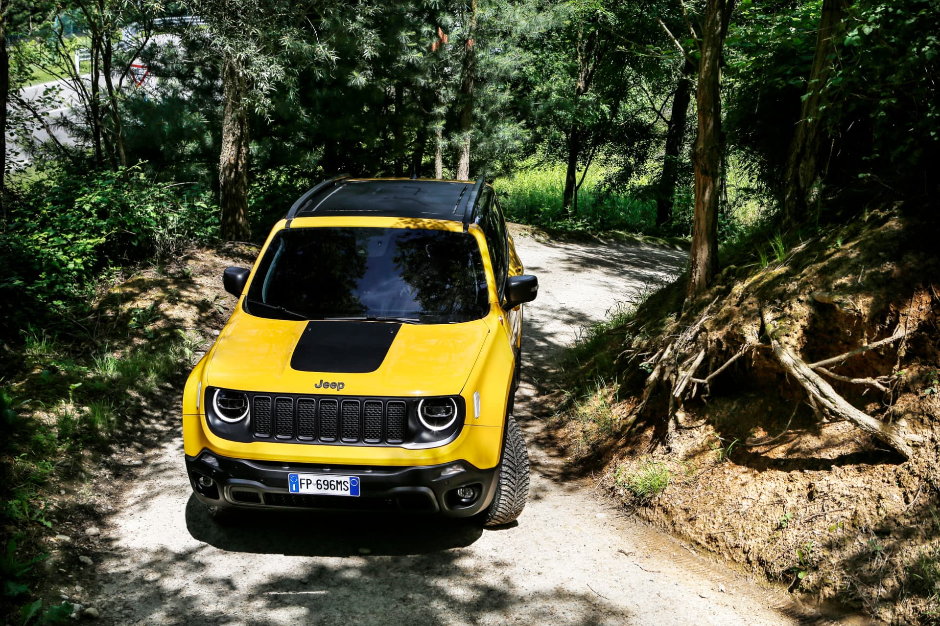 180620 Jeep New Renegade My19 Trailhawk 01