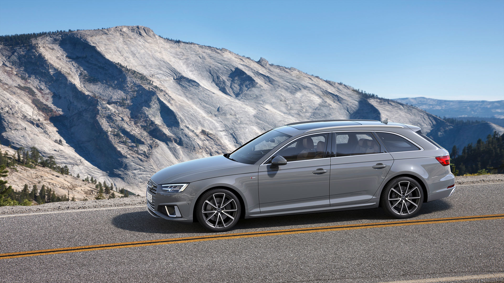 Audi A4 Avant 2018 08