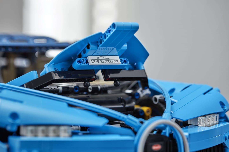 Bugatti Chiron Lego 0618 020