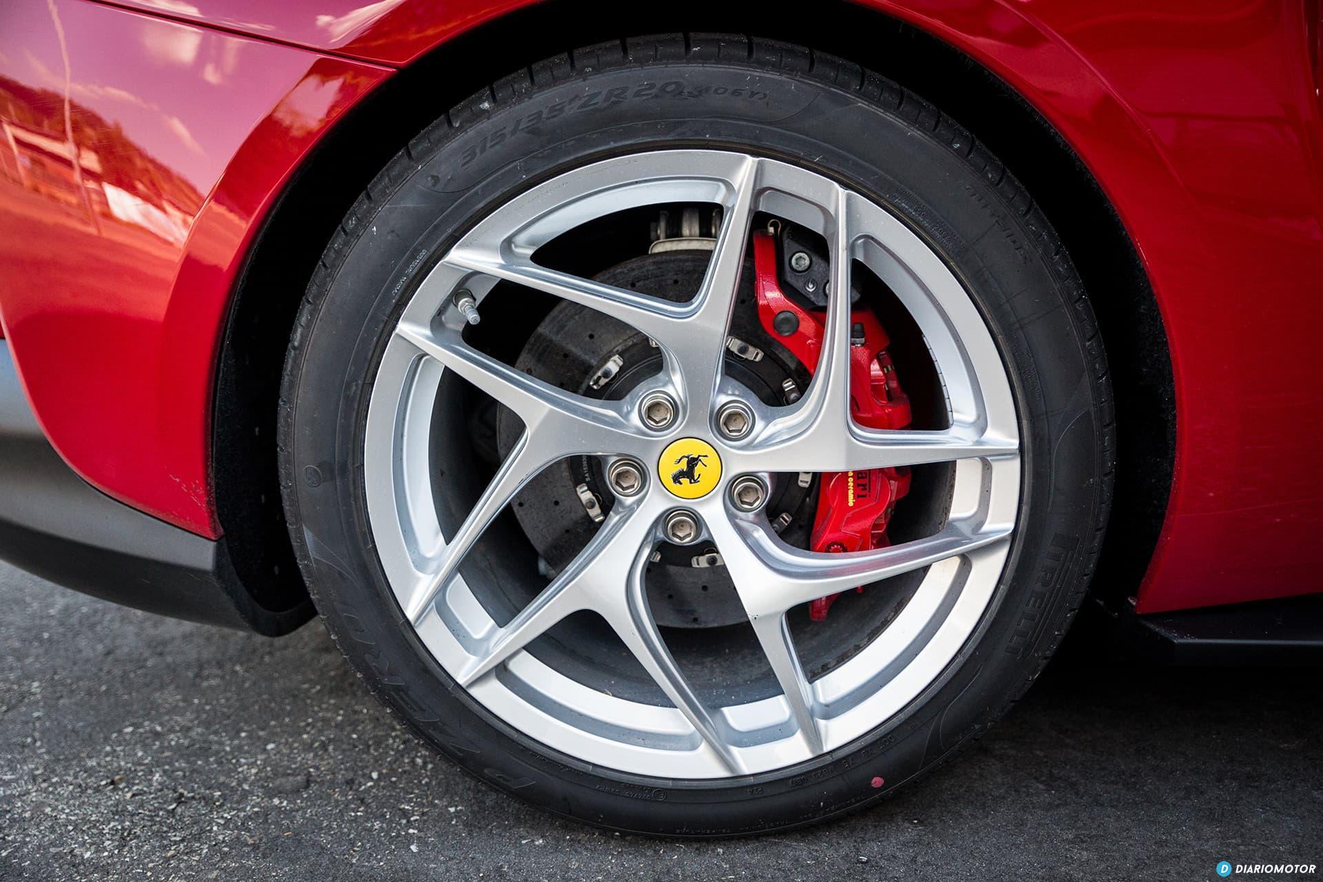 Ferrari 812 Superfast Exterior 00003