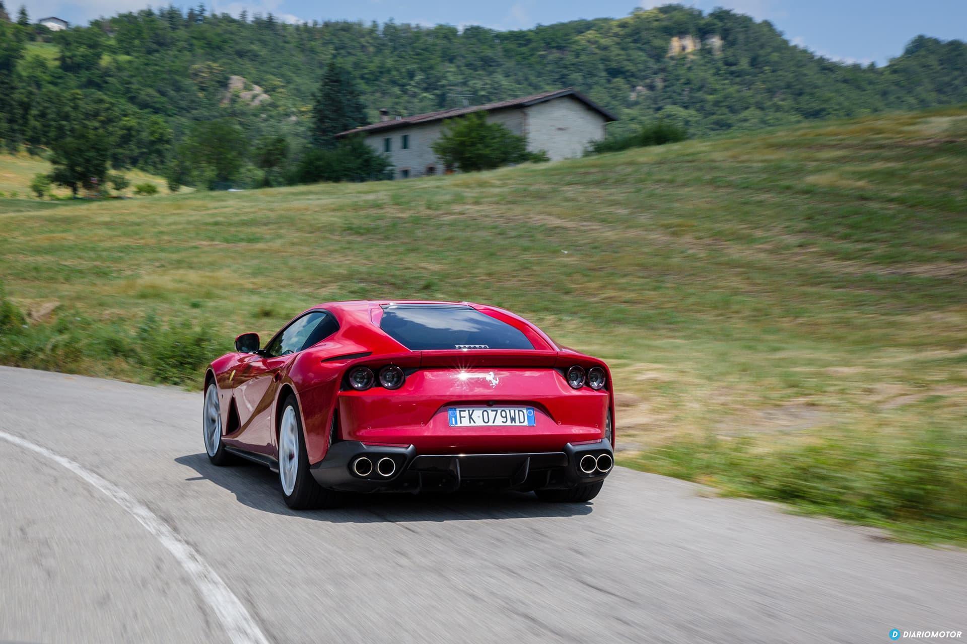 Ferrari 812 Superfast Exterior 00009