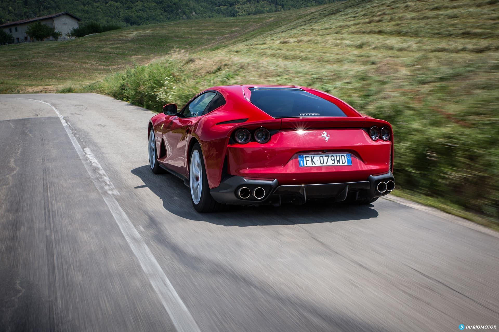 Ferrari 812 Superfast Exterior 00010