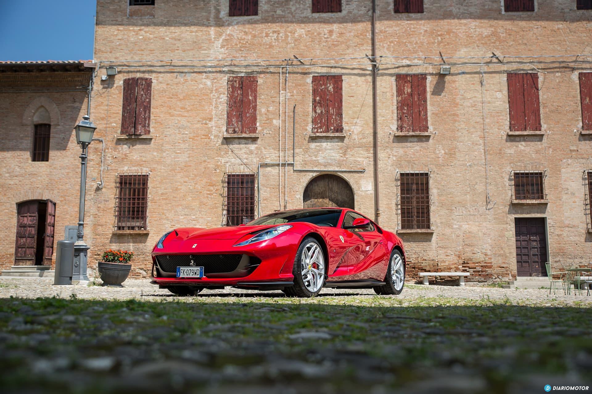 Ferrari 812 Superfast Exterior 00023