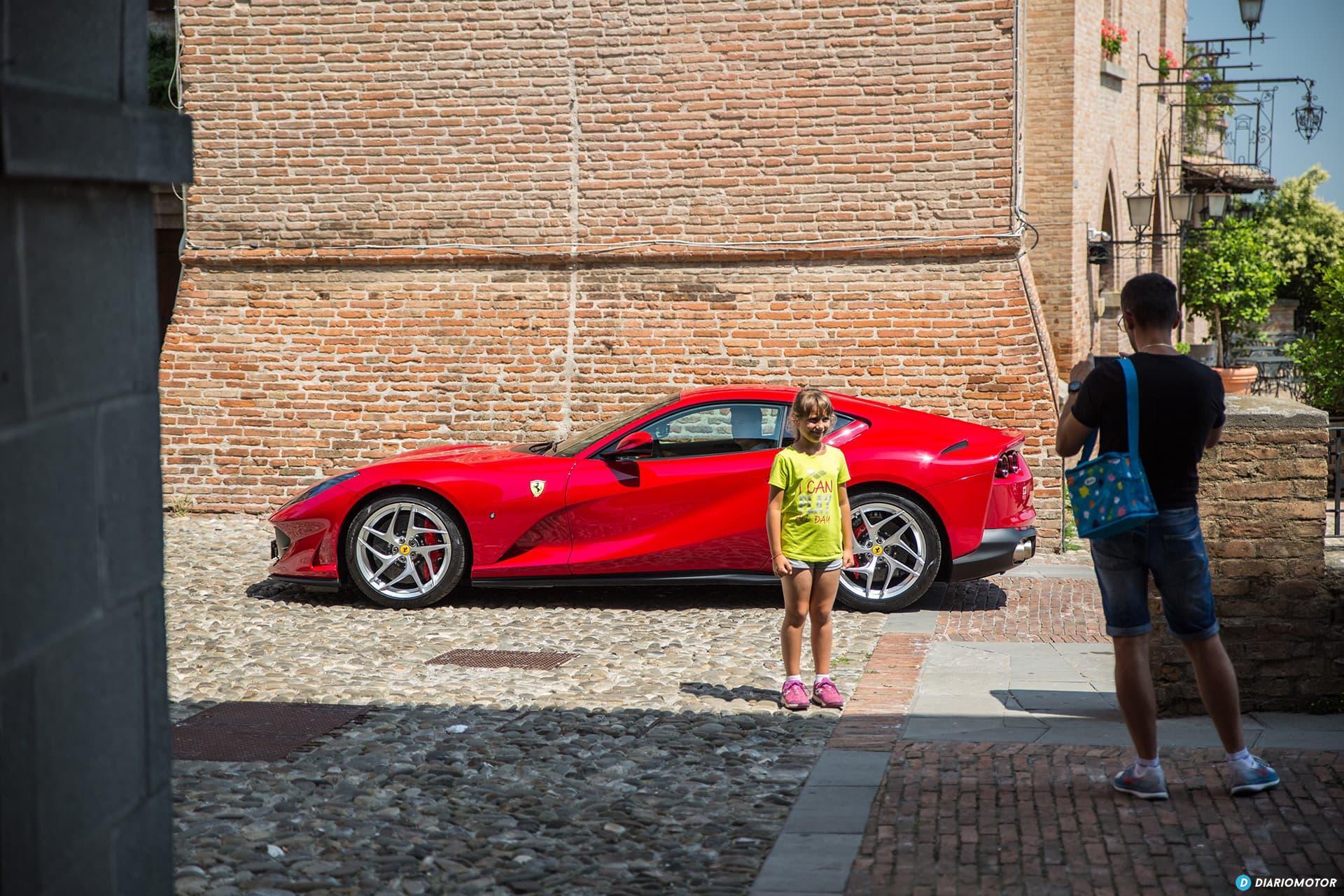 Ferrari 812 Superfast Exterior 00027