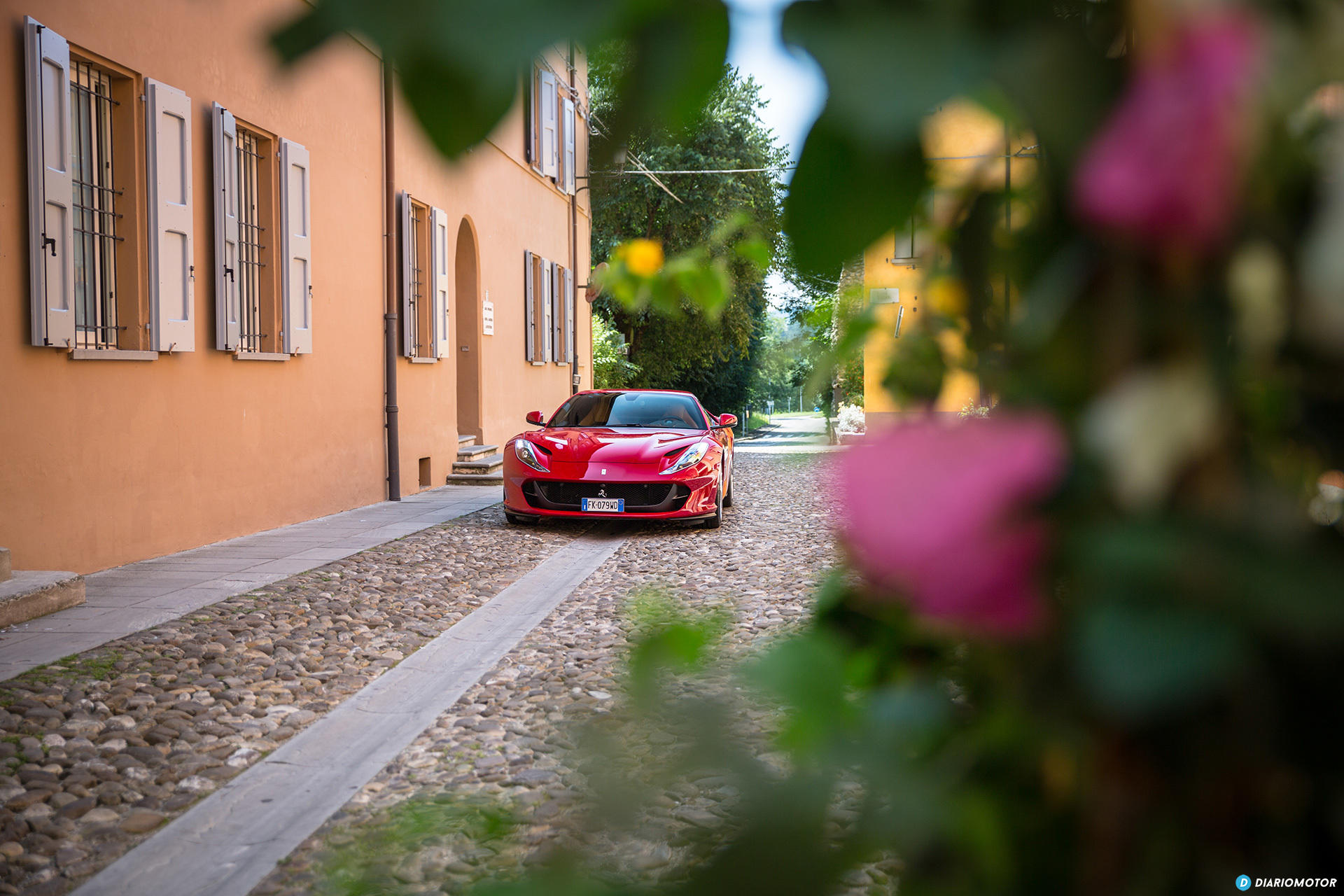 Ferrari 812 Superfast Exterior 00029