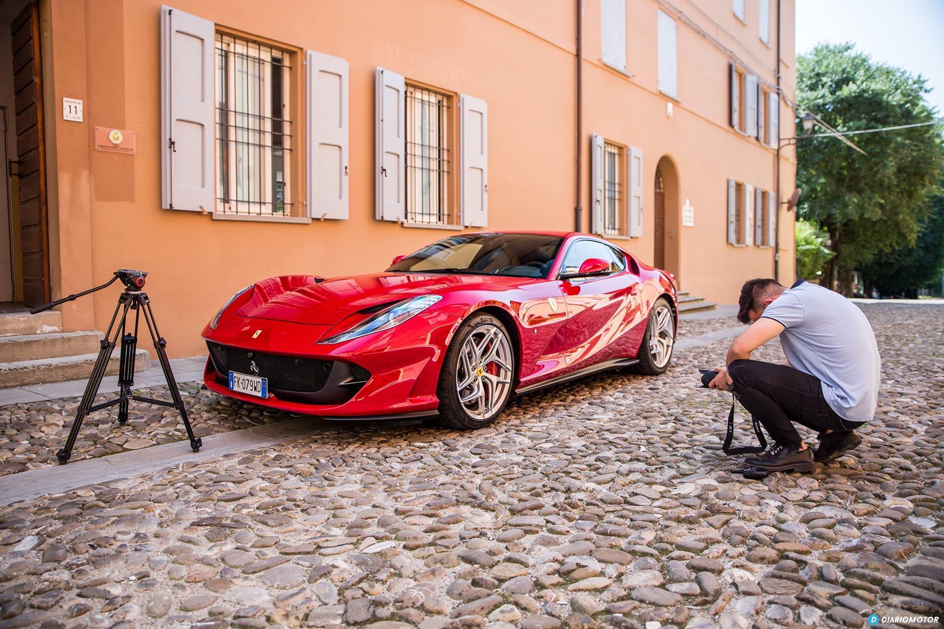 Ferrari 812 Superfast Exterior 00032