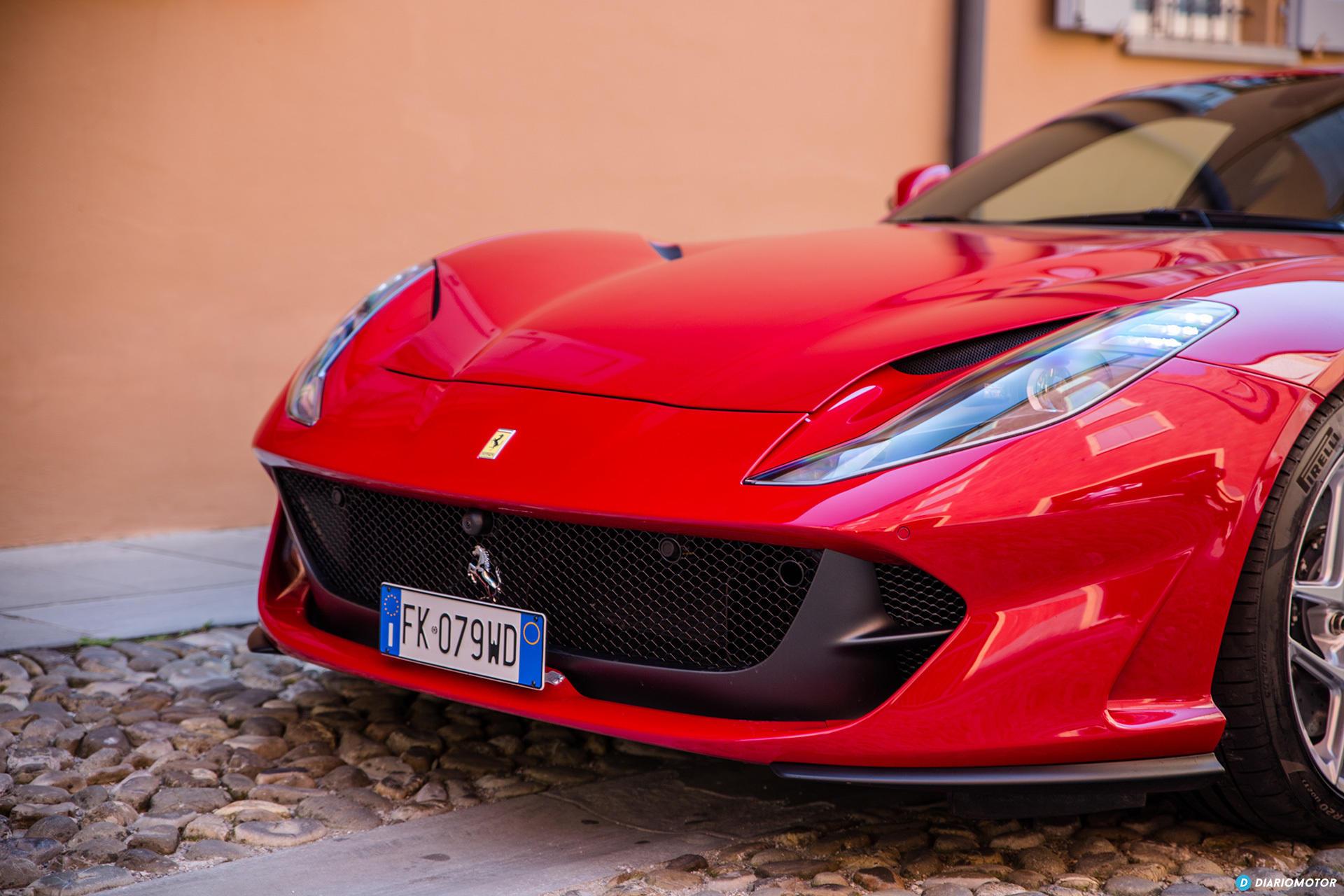 Ferrari 812 Superfast Exterior 00037