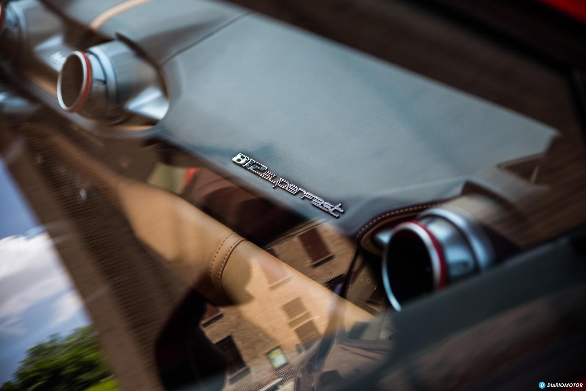 Ferrari 812 Superfast Interior 00014