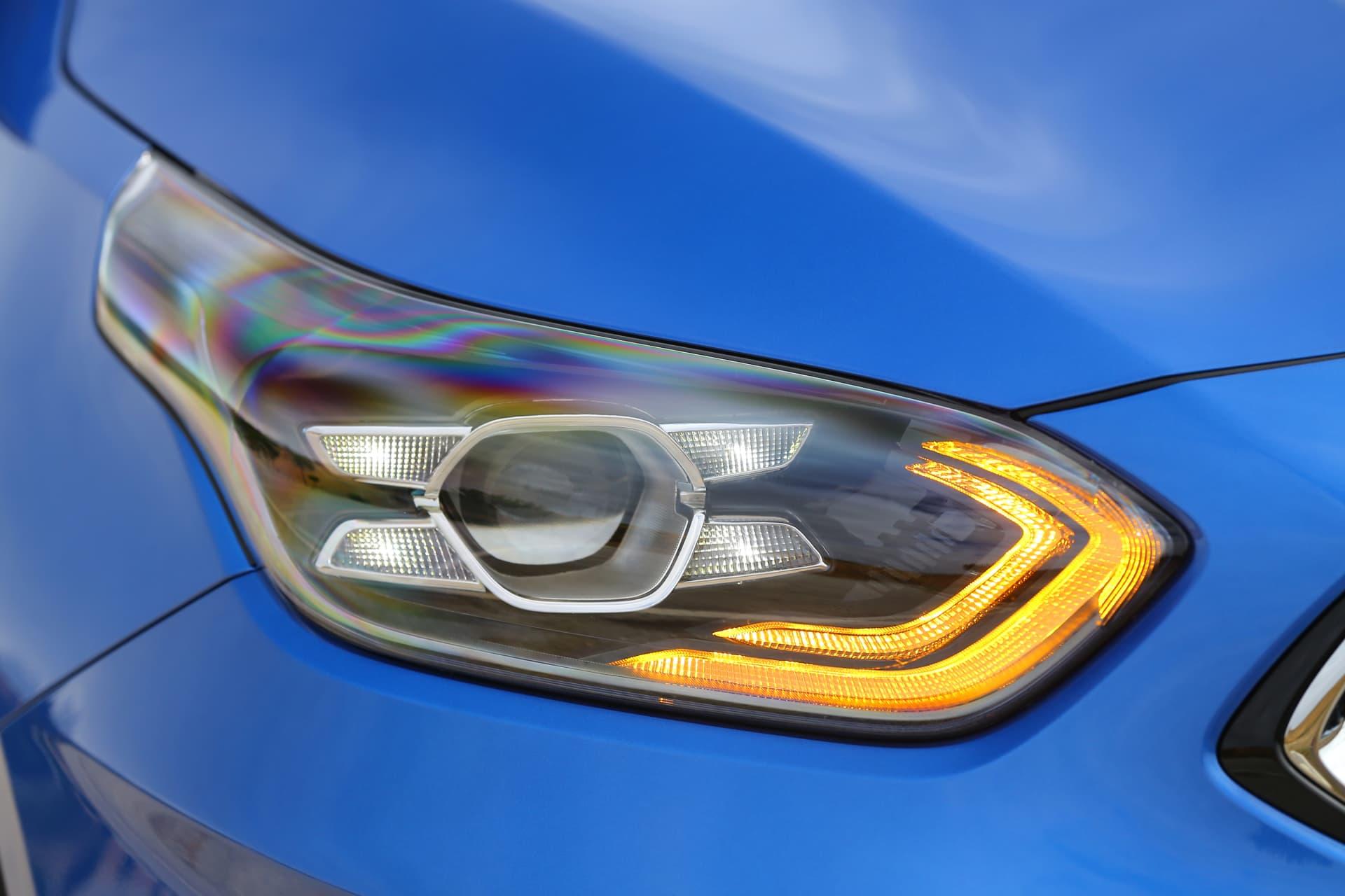 Kia Ceed 1 6 Crdi 6mt Transmission 136hp Blue Flame 36