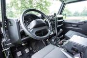 Land Rover Defender Svx James Bond Spectre 0618 001 thumbnail