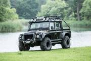 Land Rover Defender Svx James Bond Spectre 0618 021 thumbnail