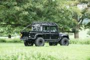 Land Rover Defender Svx James Bond Spectre 0618 022 thumbnail