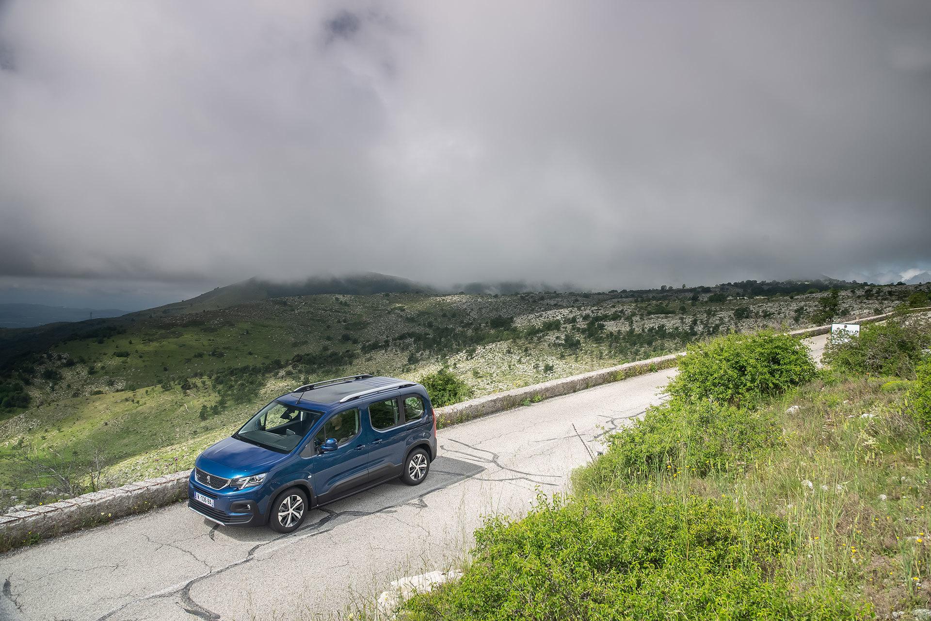 Peugeot Rifter Motores 01