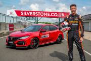 134326 Three In Three For Type R British Touring Car Champion Matt Neal Takes thumbnail