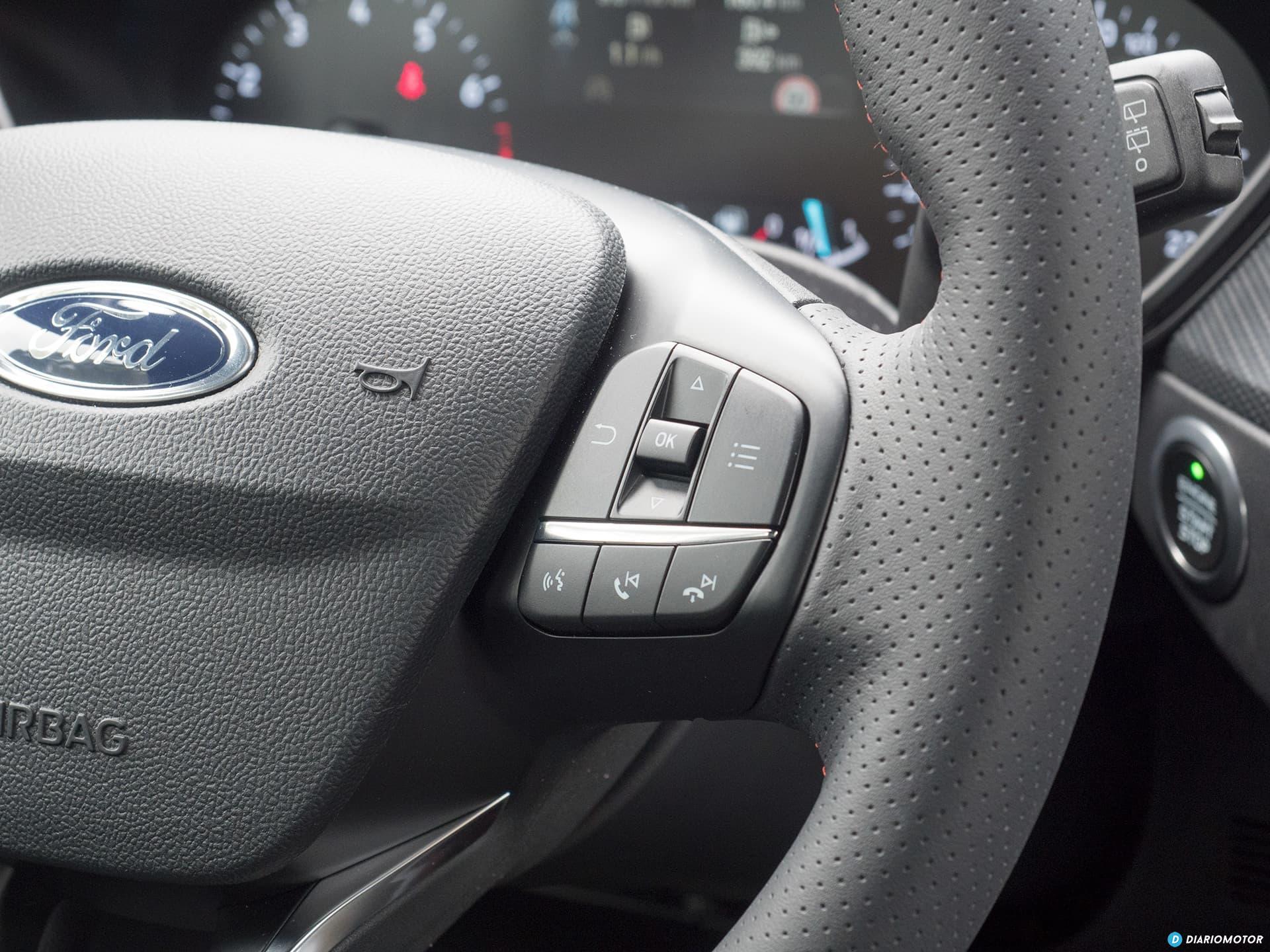 Ford Focus 2018 Interior 00008