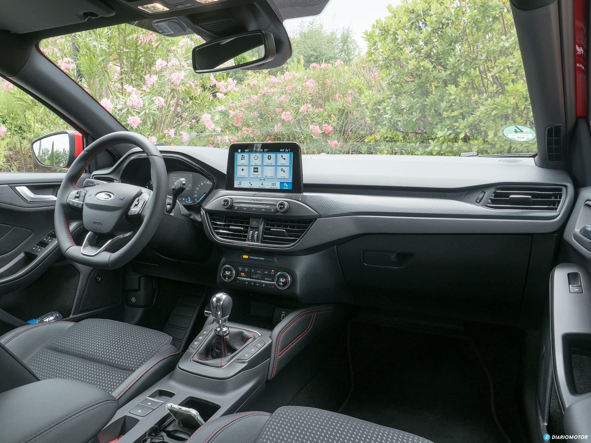 Ford Focus 2018 Interior 00012