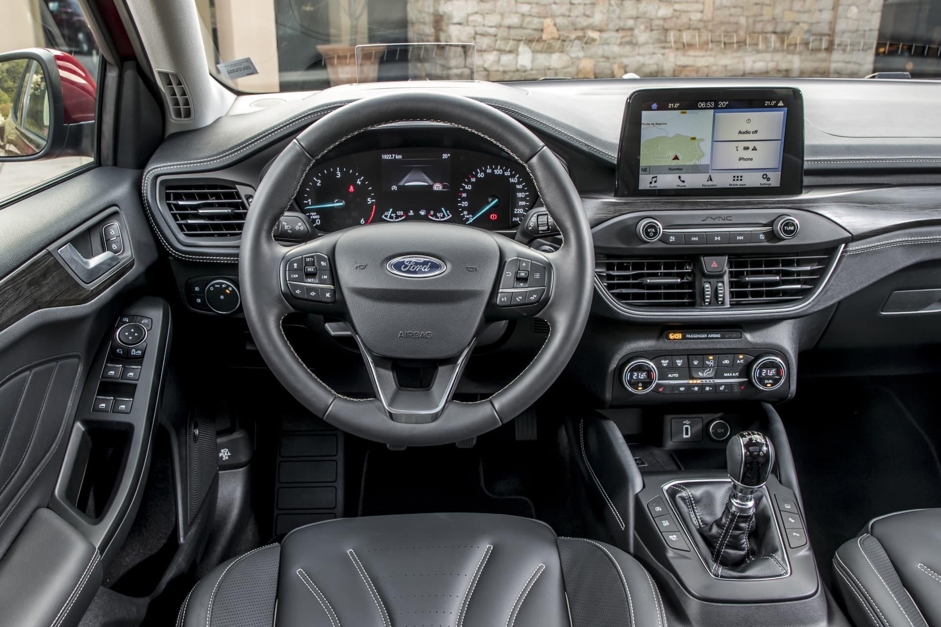 Ford Focus Vignale Prueba 00046