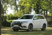 Mitsubishi Outlander Phev 2019 004 thumbnail