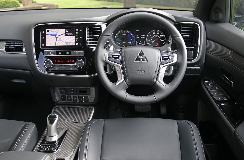 Mitsubishi Outlander Phev 2019 009